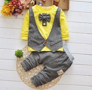 Choose best first birthday outfits and clothes for baby boys to dress them in style on their special day. It is a dream of every parent to make their baby's 1 st birthday the most wonderful and memorable day as it marks the completion of first year of your little boy. And one of the most important things on this day is deciding the baby boy birthday outfits and clothes for a smart and.