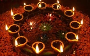 Dos and Don'ts of Celebrating Diwali with Your Kid