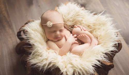 Baby faux fur photography props