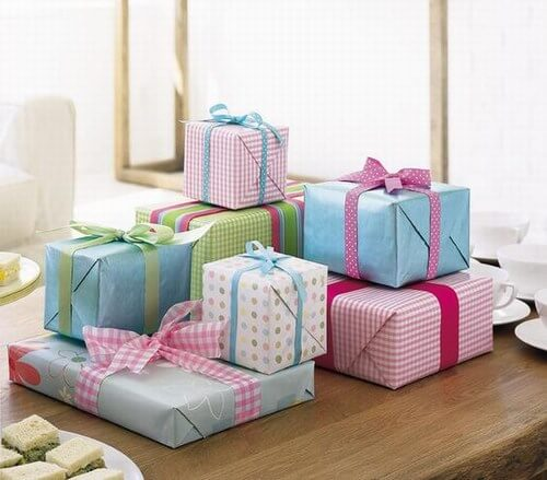 8 Best Baby Shower And Godh Bharai Gifts For Indian Mom