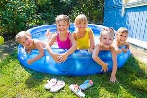 Kids Play Pool