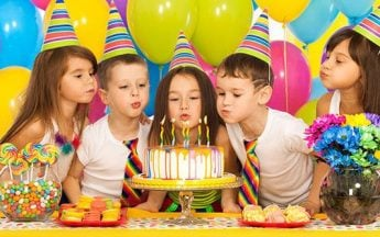 Indian Etiquette and Customs for Attending a Birthday Party