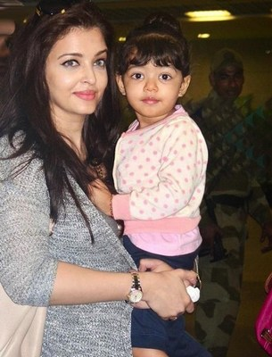 Fittest Moms Of Bollywood | Healthy Bollywood Actress