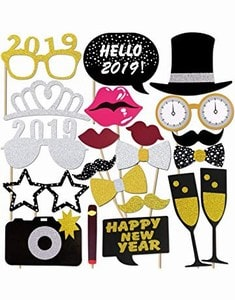 DIY Party Props for Selfie Booth - Kids New Year's Eve